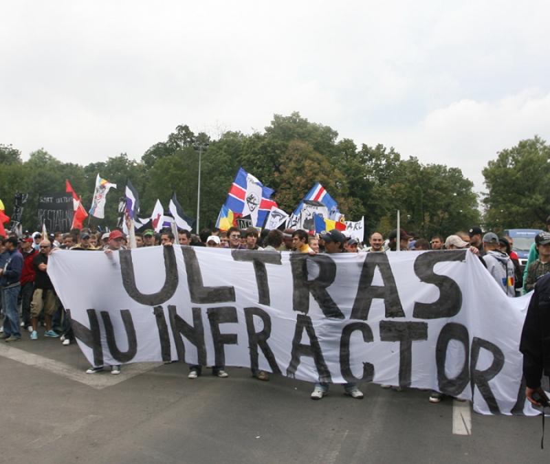 Protest la legea lui Mitica